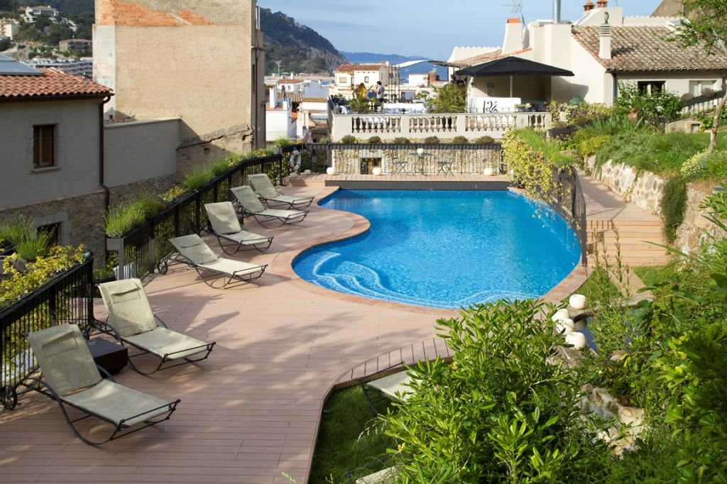 Hotel with swimming pool in tossa de mar hotel casa granados costa brava Girona hotels with swimming pool